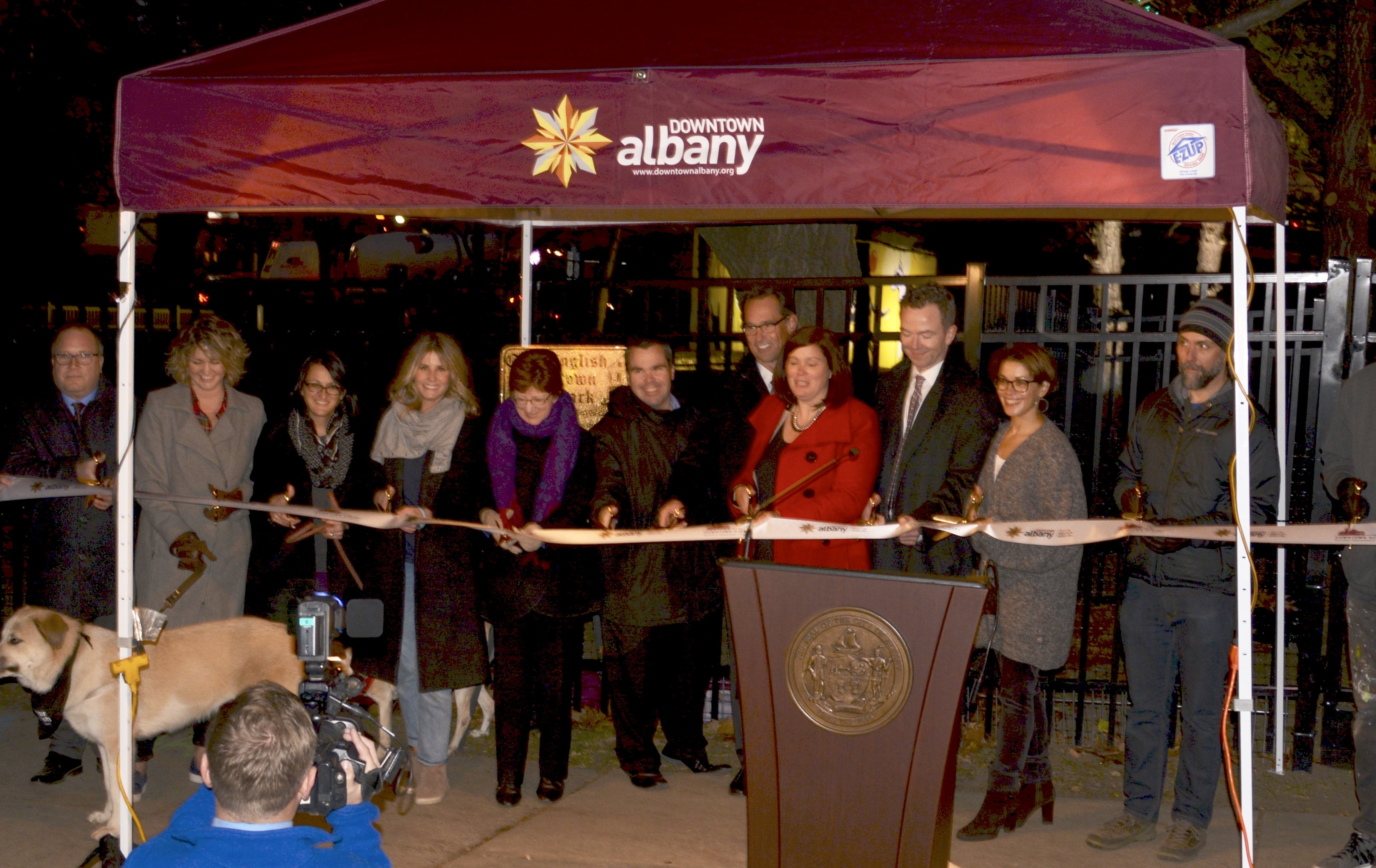 Albany Business Improvement District Transformed An Under Utilized Portion Of Wallenberg Park A Patch Green Space Bordered By North Pearl Street